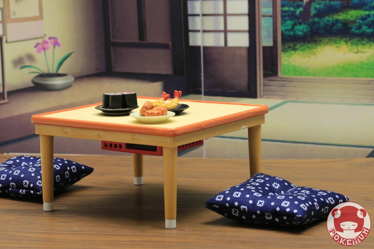 Re Ment Miniature Kotatsu Table